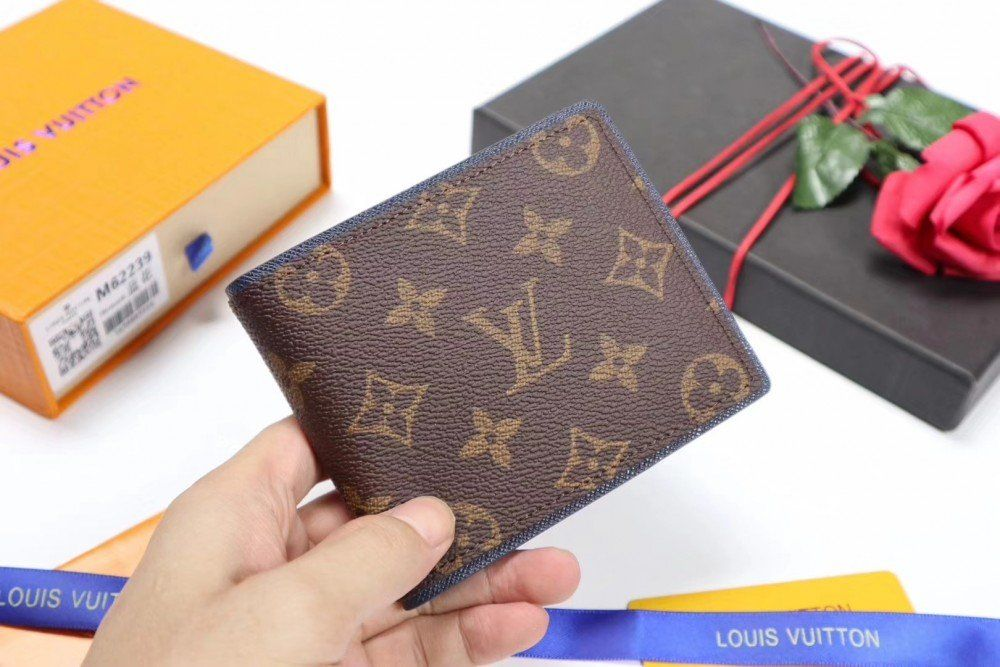 2018 New Collection - Louis Vuitton Slender Wallet M62239  1c3e4ed53c008