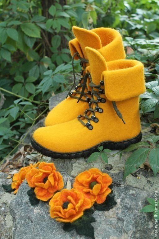 """Обувь ручной работы. Ярмарка Мастеров - ручная работа. Купить Валяные ботинки """"Подсолнухи"""". Handmade. Желтый, валенки ручной валки"""
