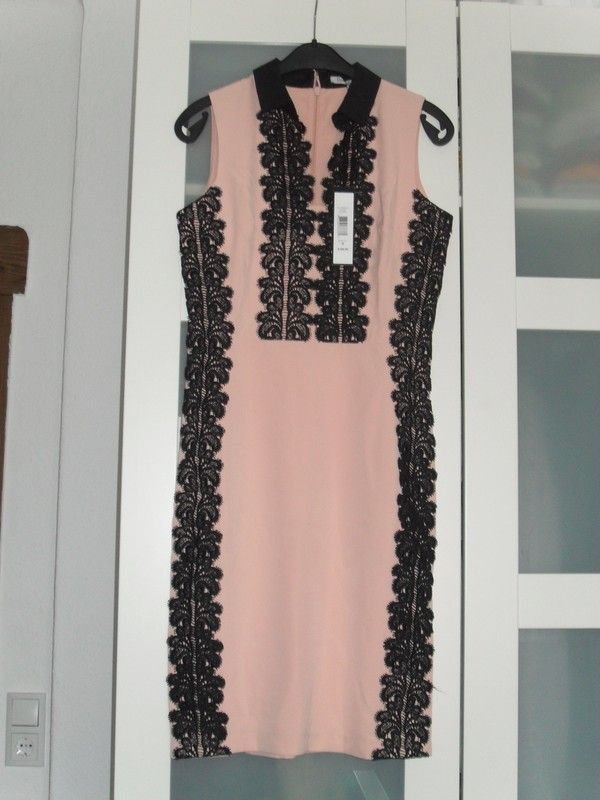 Nude schwarzes Designerkleid Etuikleid