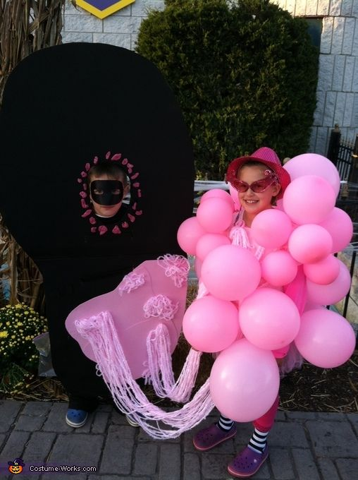 Bubble Gum on the Bottom of a Shoe - Halloween Costume Contest at Costume -Works.com  sc 1 st  Pinterest & Bubble Gum on the Bottom of a Shoe - Halloween Costume Contest at ...