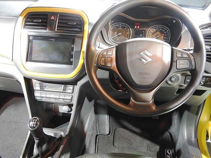Vitara Brezza Interior Dashboard Best Suv Suv Prices Upcoming Cars