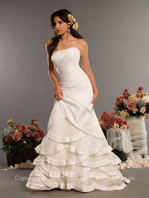Flower Embroidered Long Tail and Flowers Embroidered Wedding Dress ...