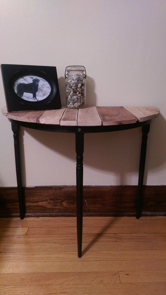 Lovely Half Circle End Table, Night Stand Or Entryway Key Table