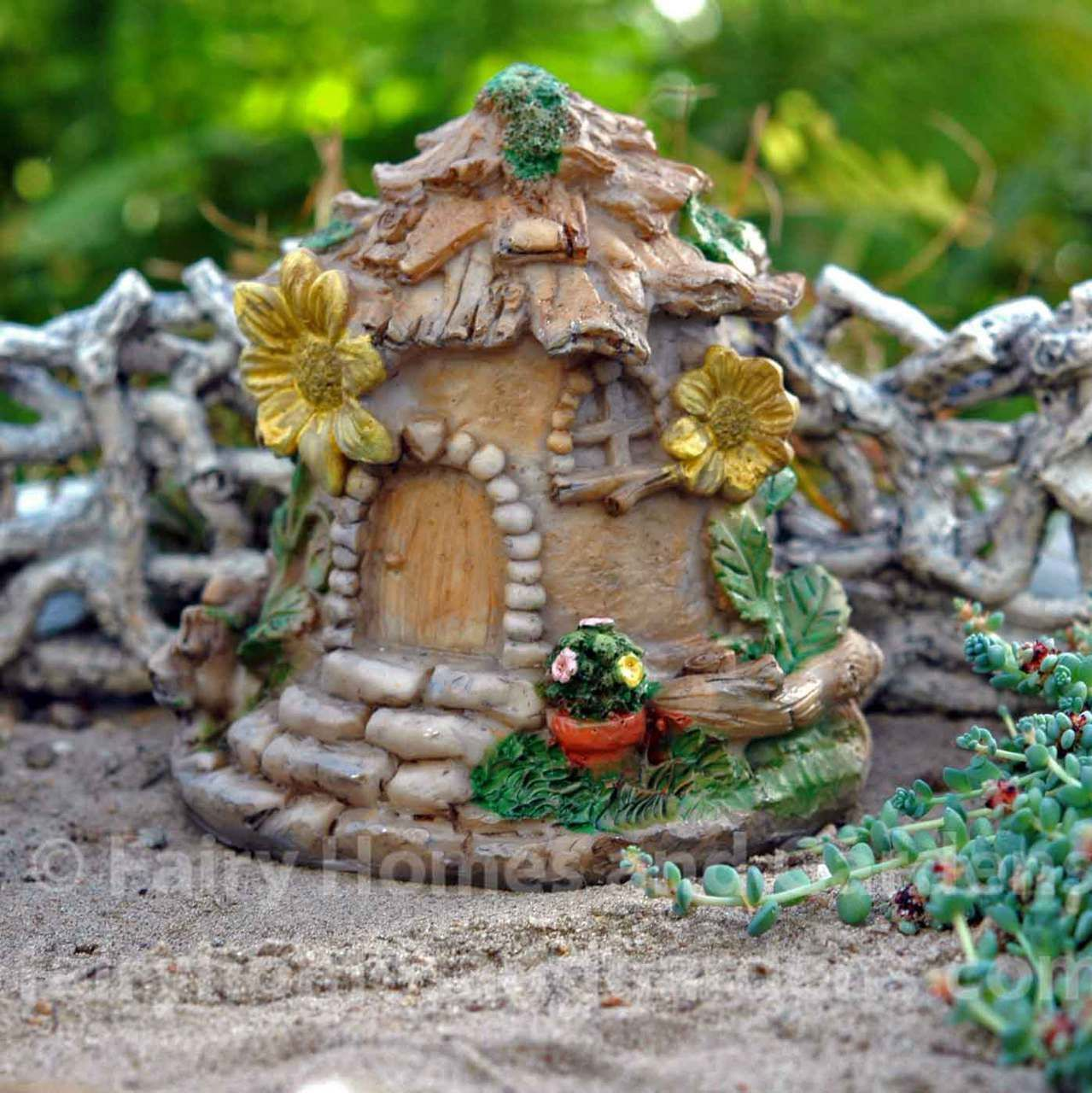 Shapely Fairy Homes Fairy House Garden Tour Fairy House Garden Ideas Gardens Terrarium Sunflower Terrarium Sunflower House Sunflower Garden Terrarium garden Fairy House Garden