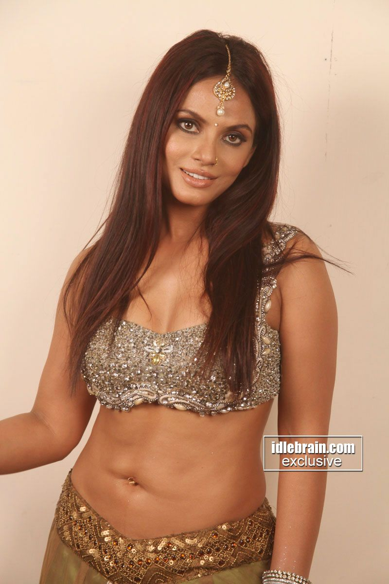 bollywood maal famous actress neetu chandra bombshell, indian model