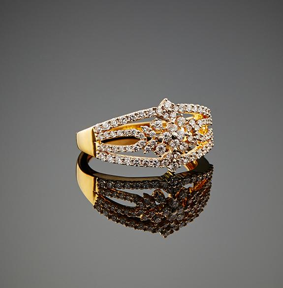 Explore Khazana jewellery designs & online shopping catalogue