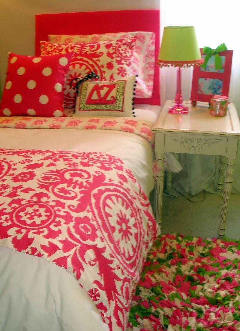 Dorm room ideas for girls two beds - Preppy Gray Dorm Room Bedding