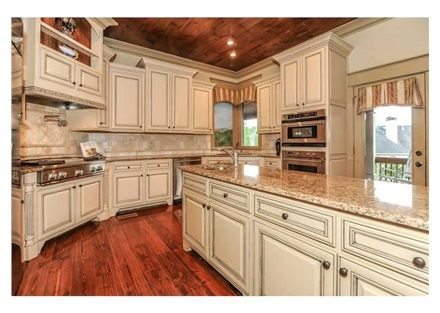 This Southern Kitchen Was Influenced By European Construction And