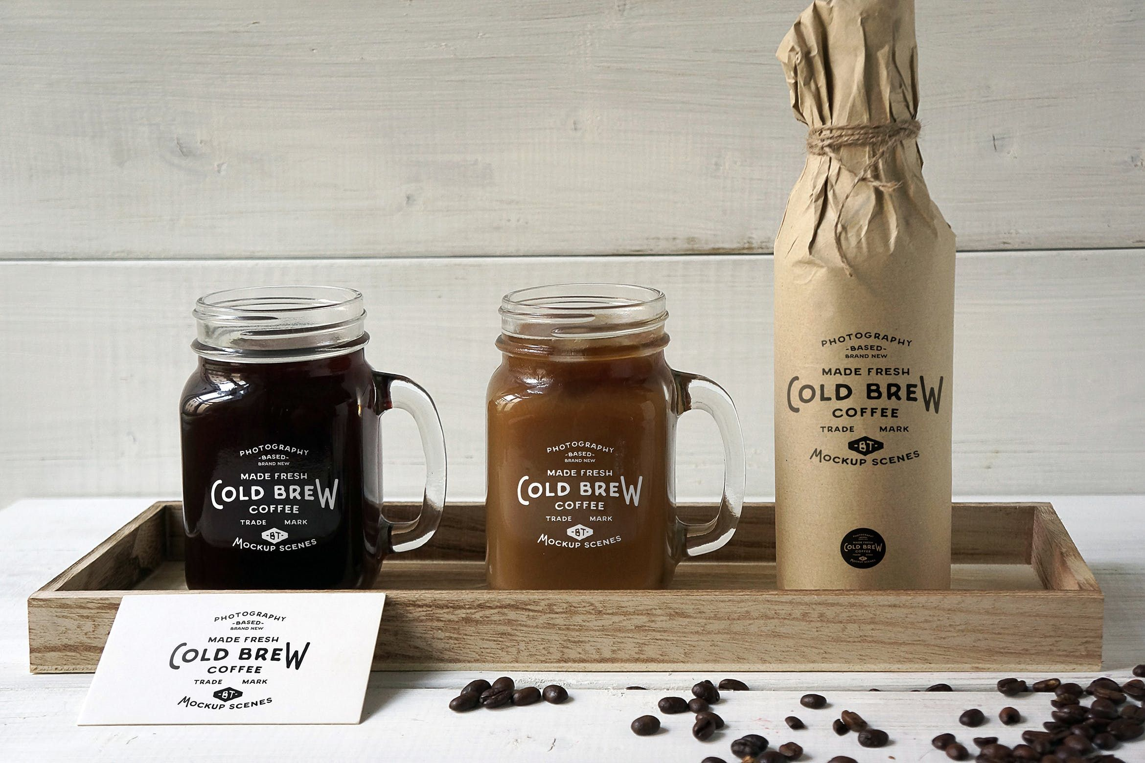 Cold Brew Coffee Mockup by amris on (Dengan gambar)