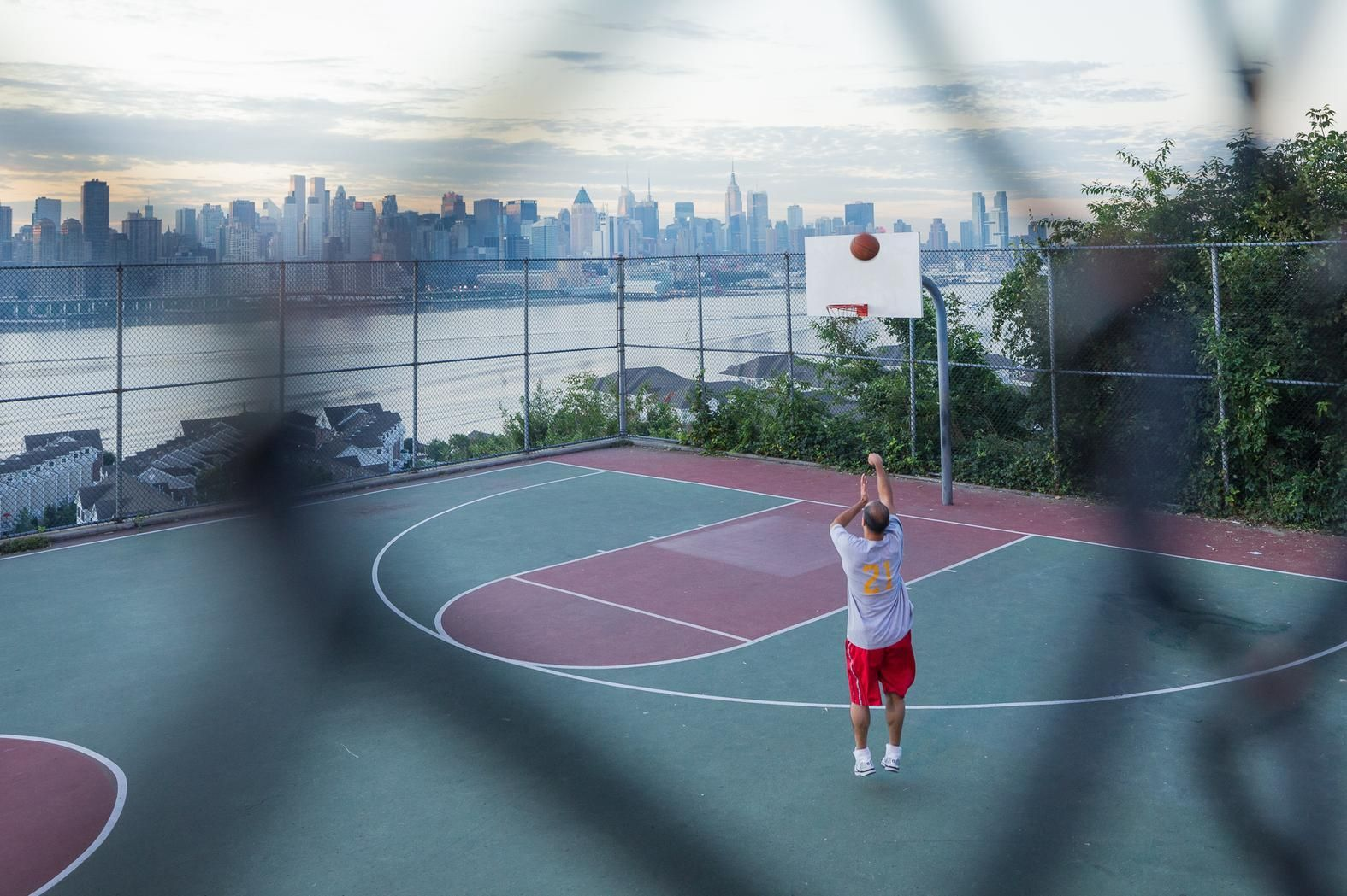 These Are The Most Beautiful Basketball Courts In The World Vice Basketball Court Basketball Court