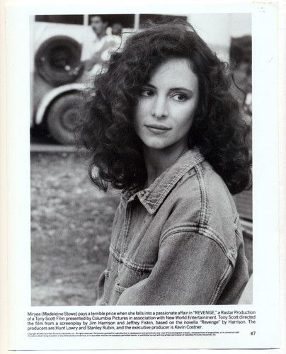 MADELEINE STOWE original movie photo 1990 | Madeleine stowe, Movie photo,  Madeleine