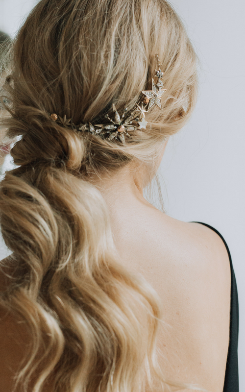 Aurora hair comb Glamorous hair, Aurora hair, Indigo hair