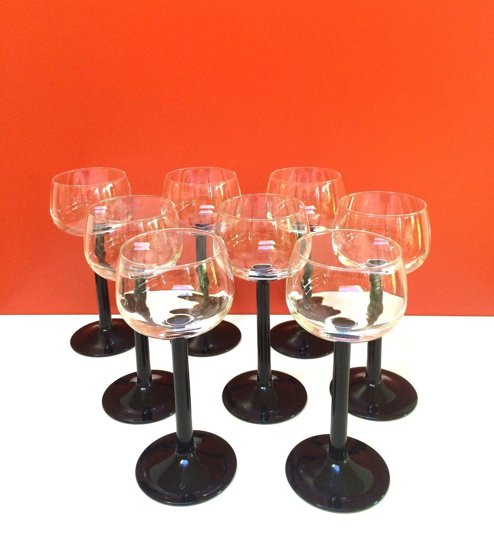 Black Stem Champagne Coupe Glasses Set Of 8 From My Etsy Shop Https Www Etsy Com Listing 261142482 Black Stem Champagne Coupe Glas Champagne Coupes Glassware