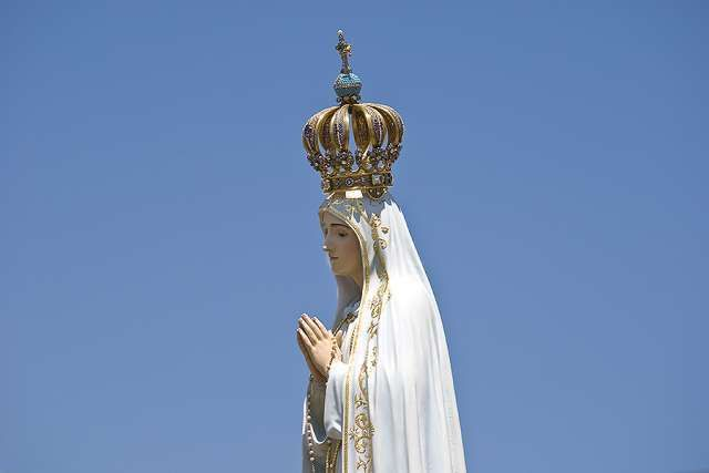 One Day Before The May 13 Celebration Marking The 100th Anniversary Of The Fatima Apparitions A Statue Of Our Lady O Lady Of Fatima Our Lady Of Lourdes Fatima