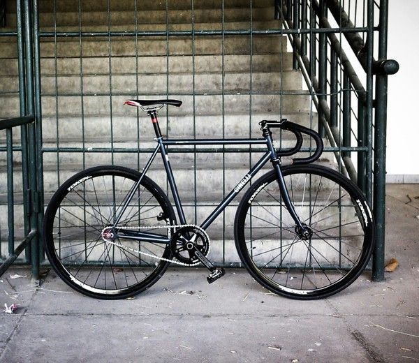 Jual Sepeda Fixie Fixed Gear Cinelli Bekas Cinelli Gazzetta Sz52 Navy Blue Oleh Adityo Kusumawardana Cinelli Fixed Bike Fixie