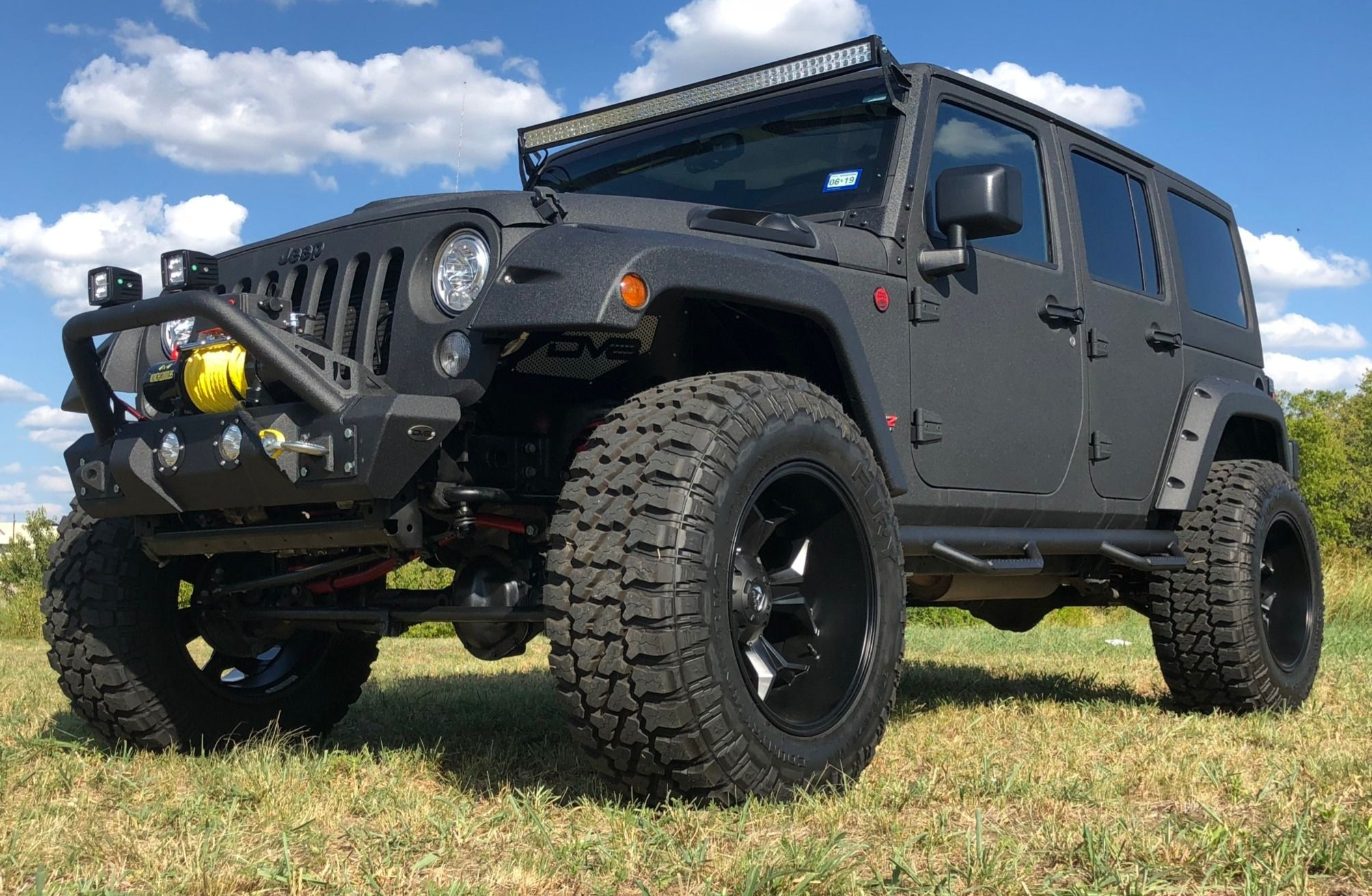 Hemi V8 Powered 2017 Jeep Wrangler Unlimited Rubicon Jeep