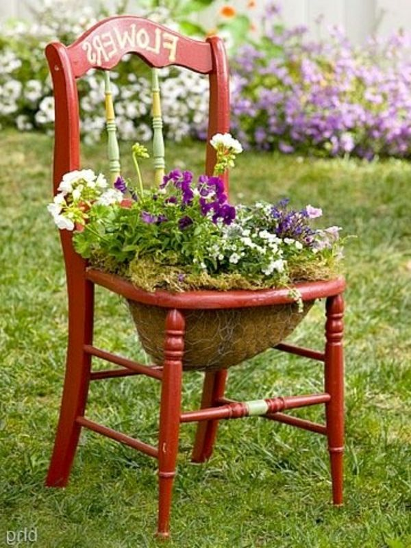 gartengestaltung ideen alten stuhl 30 gartengestaltung ideen der traumgarten zu hause. Black Bedroom Furniture Sets. Home Design Ideas