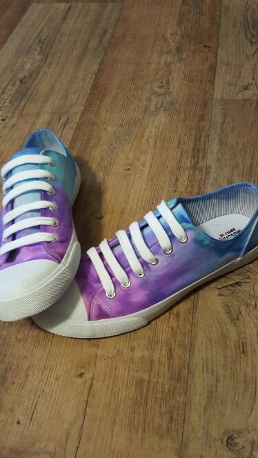 6517bbe4fef9 Sharpie tye dye shoes