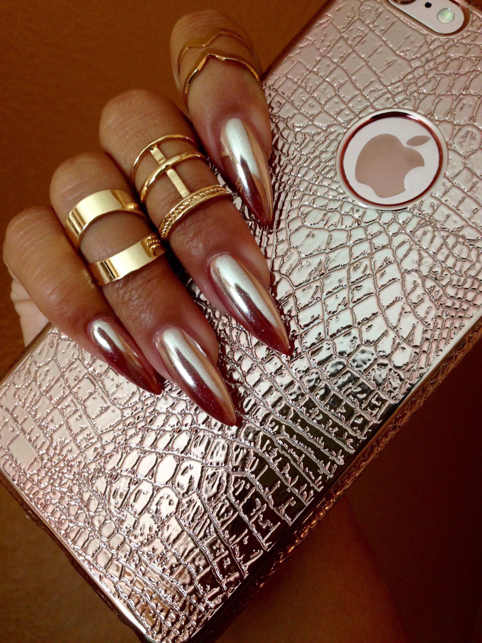 Chrome Nails! New nail trend | Makeup | Pinterest | Chrome nails ...