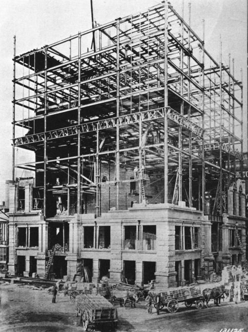 The Chamber Of Commerce Building Under Construction In 1895 Detroit Via Archimaps Home Insurance Building Woolworth Building Home Insurance