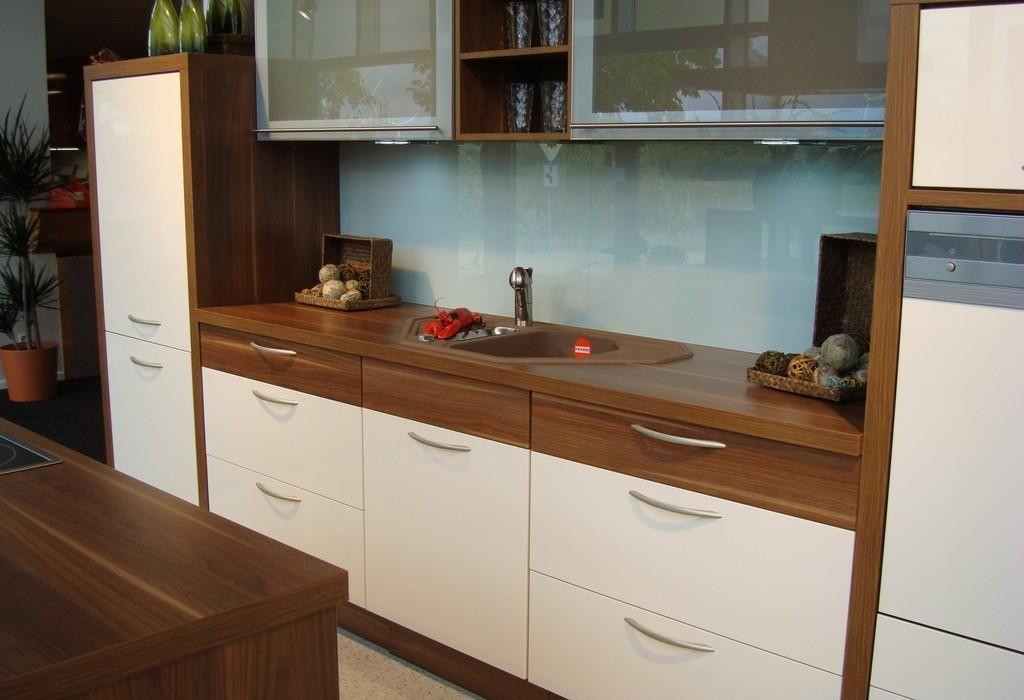 Rozne Wysokosci Blatow W Kuchni Szukaj W Google Kitchen Cabinets Home Decor Kitchen