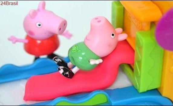 Pig George da Familia Peppa Pig na Fabrica de Massinha de Modelar Play-doh!
