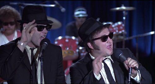 blues-brothers-1980-dan-aykroyd-john-belushi-pic-2