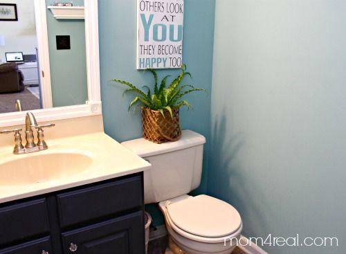 Small Bathroom Makeover On A Budget budget bathroom makeover - including framing out your builder