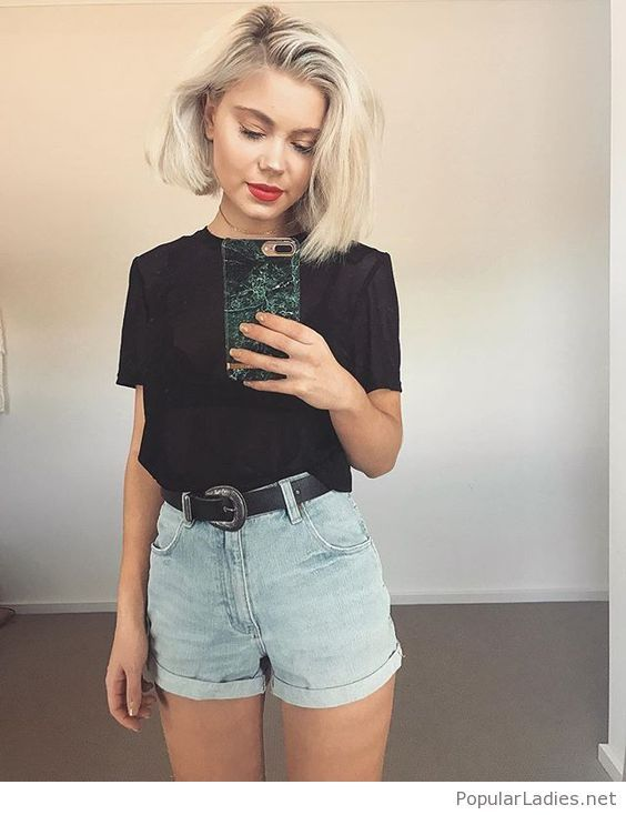 Simple black t shirt and short jeans look   Casual summer