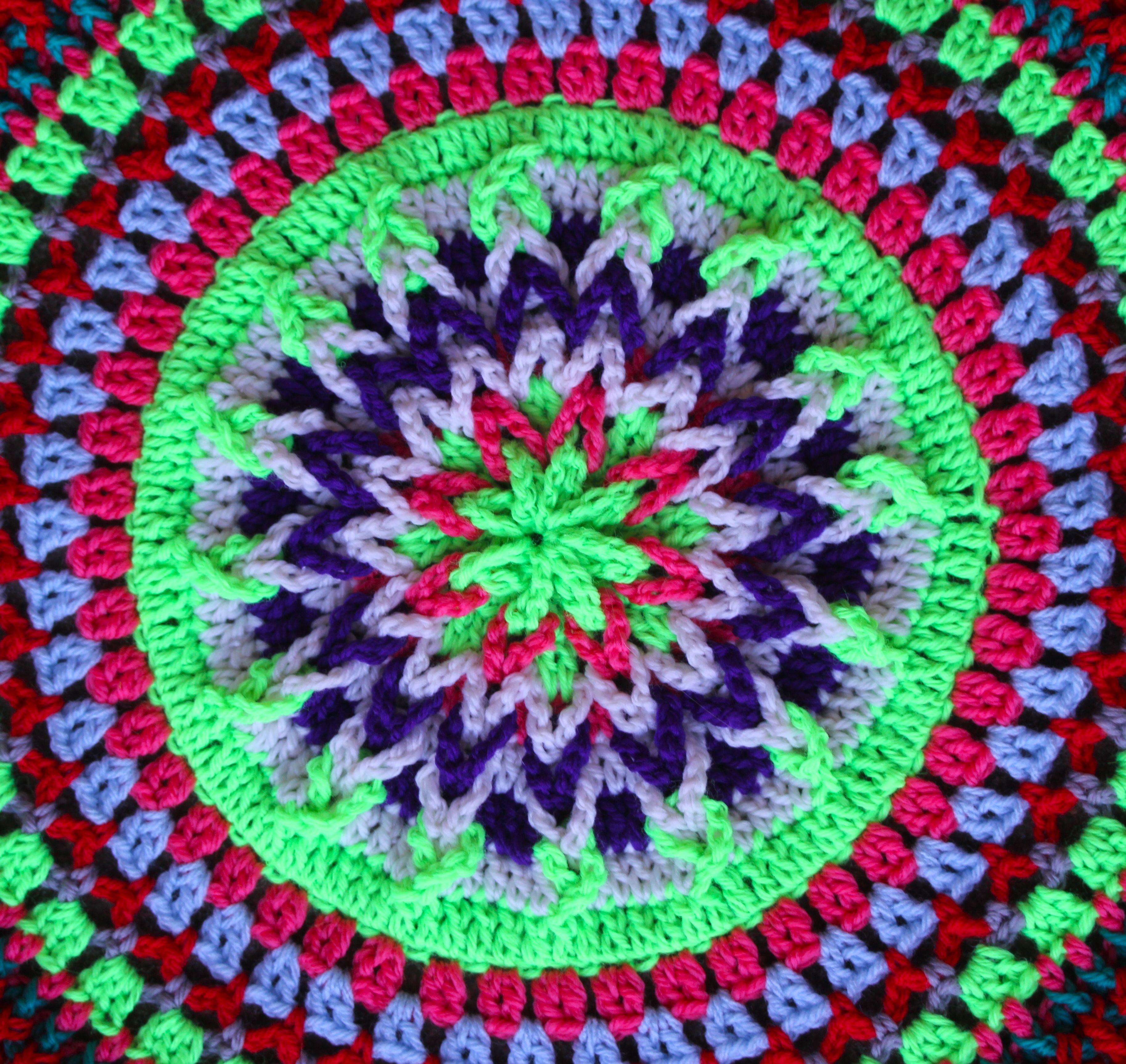More Mandalas | Patrones de tejido, Mandalas y Tejido