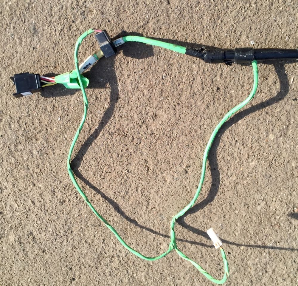 hight resolution of 1999 2004 jeep grand cherokee left door jumper wiring wire harness oem 56042525 oem