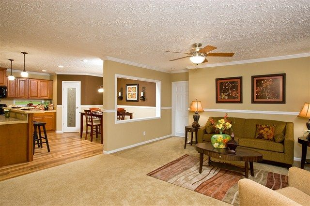 Oakwood Homes Manufactured Homes Interior Oakwood Homes Henderson Photo Gallery The Mad Mobile Home Living New Manufactured Homes Mobile Home Kitchens