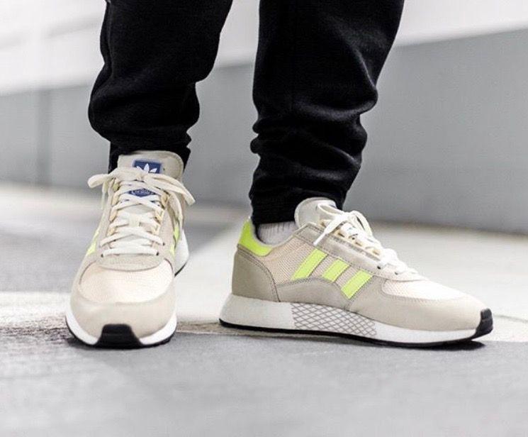 designer fashion 0446e 54819 adidas Originals Marathon Tech