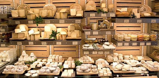 les meilleurs fromagers de paris aliments boissons et shopping paris pinterest cheese. Black Bedroom Furniture Sets. Home Design Ideas