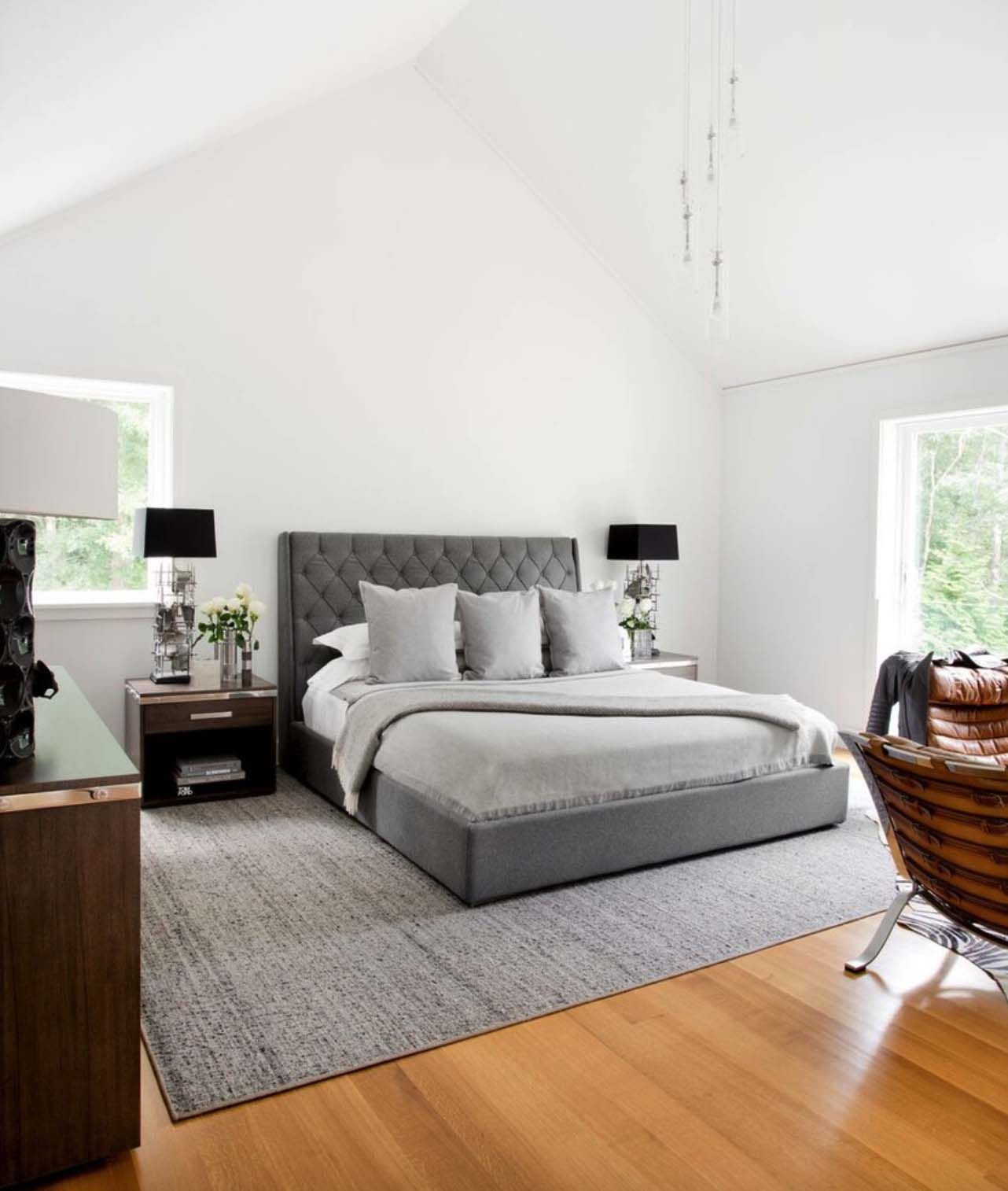 Hamptons Inspired Luxury Home Master Bedroom Robeson: East Hampton Pad Features Neutral Palette With A Masculine