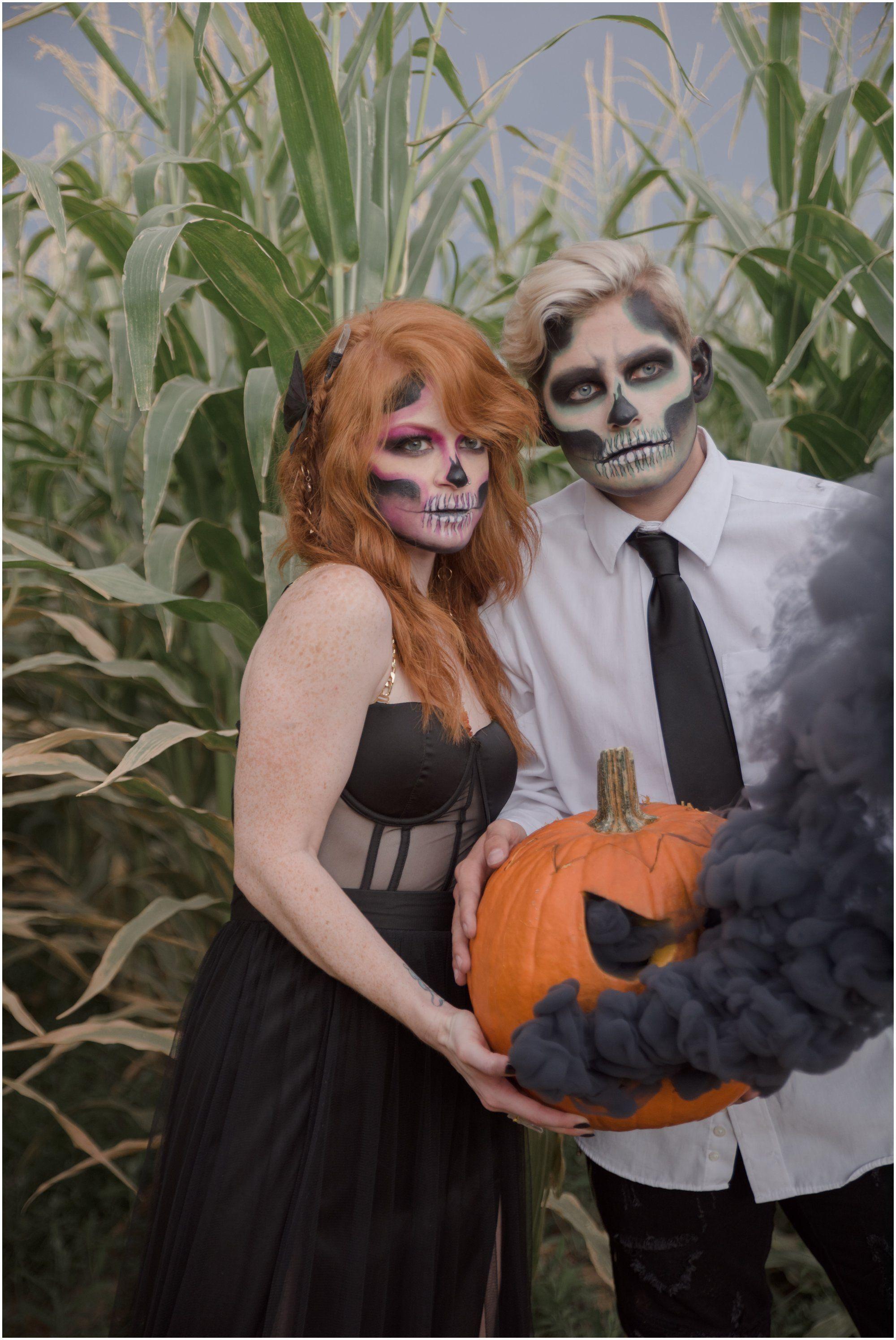Moapa Valley Corn Maze Las Vegas Nevada Corn Maze Photoshoot Halloween Photo With Images Halloween Styled Shoot Las Vegas Wedding Photographers Halloween Photoshoot
