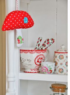 Helen Philipps: Mushrooms