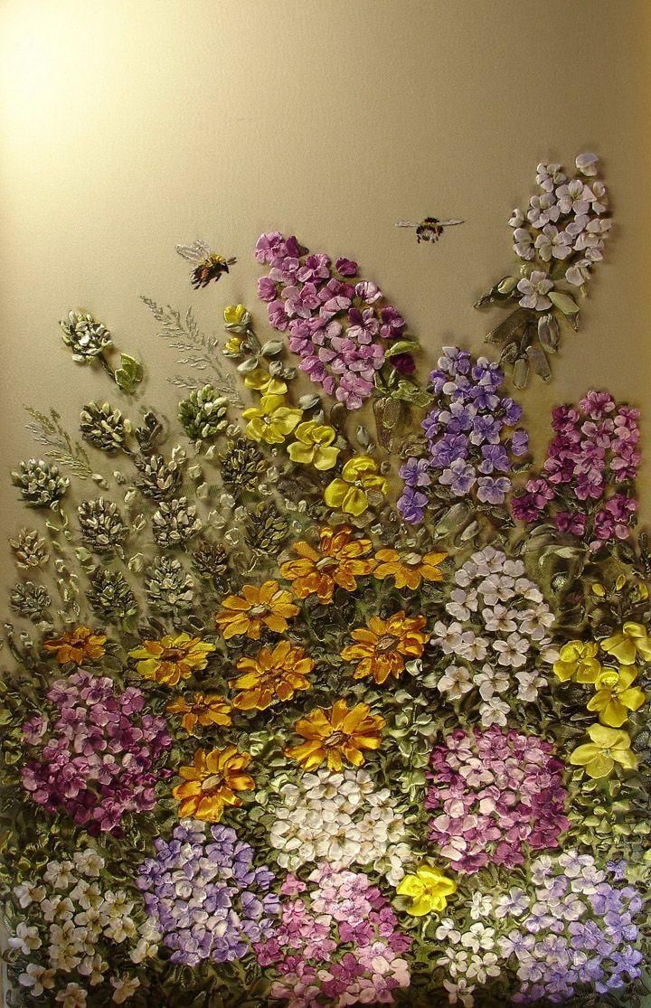 Wow! Look at the beautiful ribbonwork flowers!