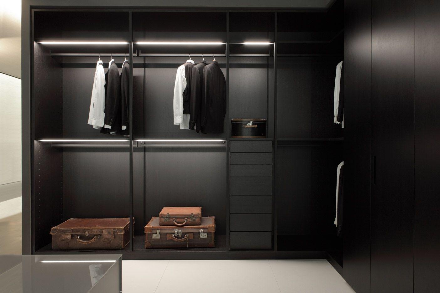 Moduli a giorno design by piero lissoni porro spa for Armoire salon design
