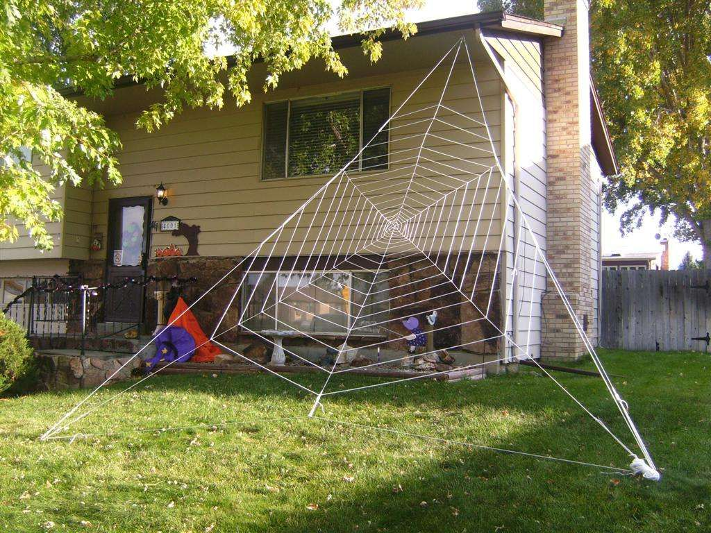 Gigantic Halloween Spider Web Homemade Halloween Decorations