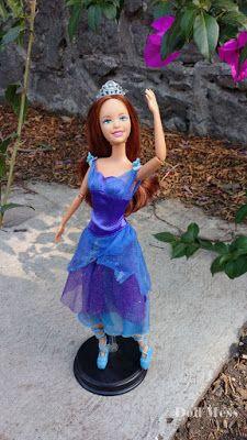 Courtney De Barbie En Las 12 Princesas Bailarinas Princesas Bailarinas Barbie