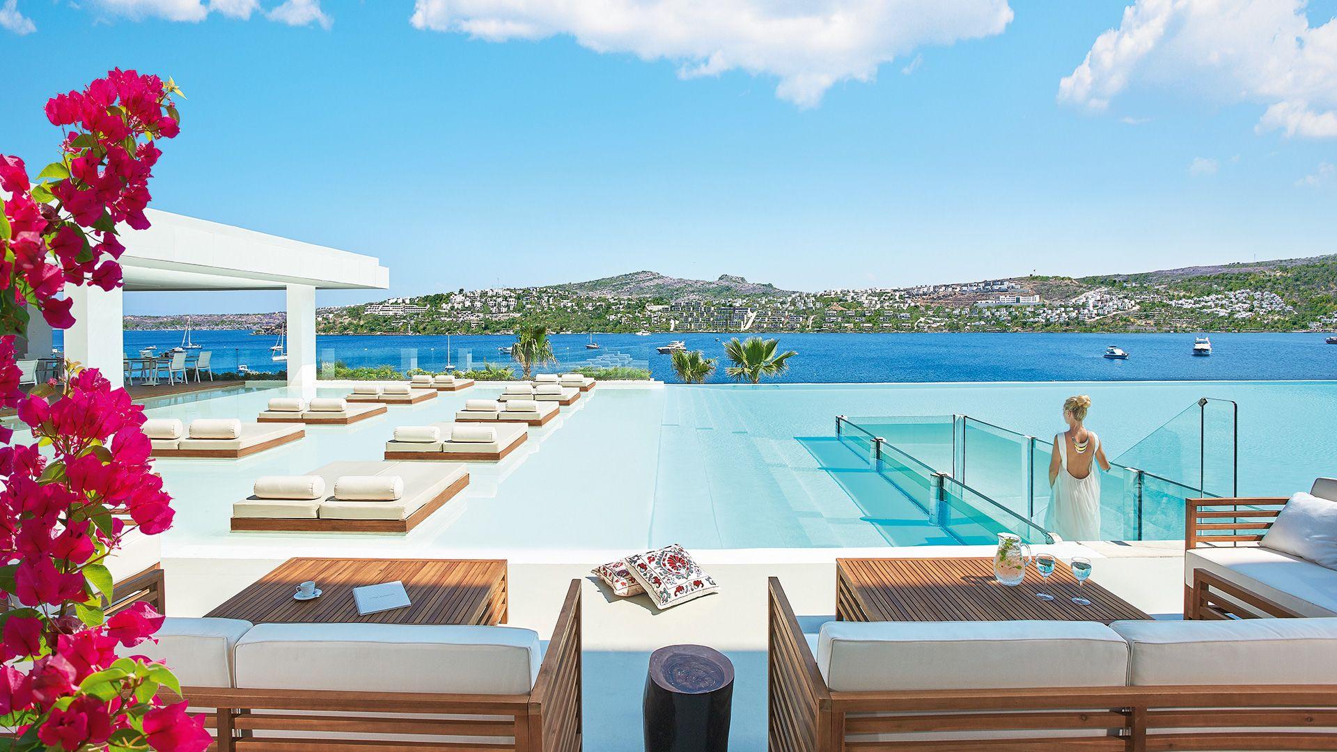 Hotel in bodrum turkey cape bodrum beach resort for Luxury hotel packages