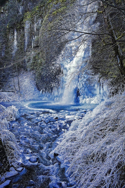 Horsetail Falls by Thomas Duffy