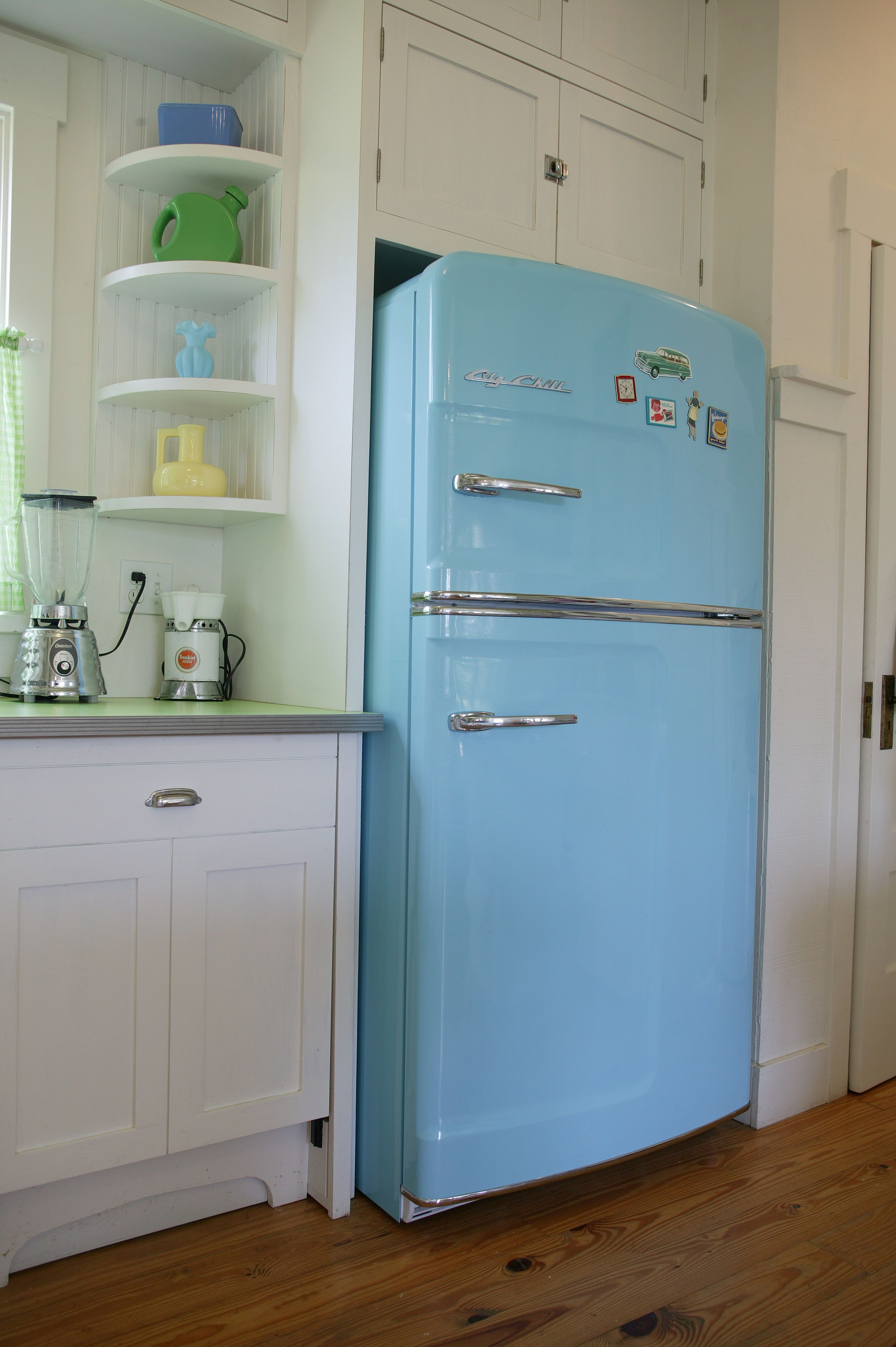 Retro Kitchen Appliances Gallery Big Chill Retro Kitchen Appliances Vintage Fridge Retro Refrigerator Retro style kitchen appliances