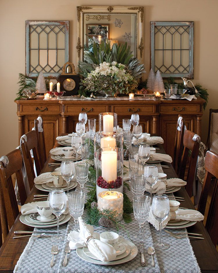 A Family Gathering Southern Lady Magazine Dining Room Decor Traditional Buffet Decor Dining Room Table Centerpieces
