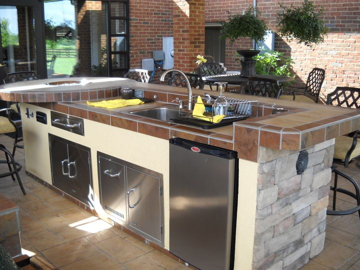 Custom Island With Bbq Grill Fridge Lighting And A Lot More Outdoor Kitchen Island Outdoor Kitchen Outdoor Kitchens For Sale