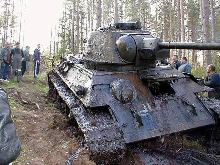 WW II Russian tank with German markings uncovered after 62 years ...