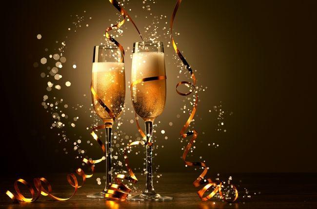 Brindar com champanhe, espumante ou prosecco?