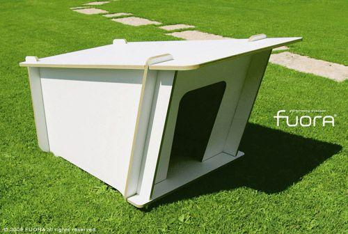 Fuora Flat Pack Modern Doghouse Casas Para Perros Casas Para Mascotas Ideas De Casa De Perro