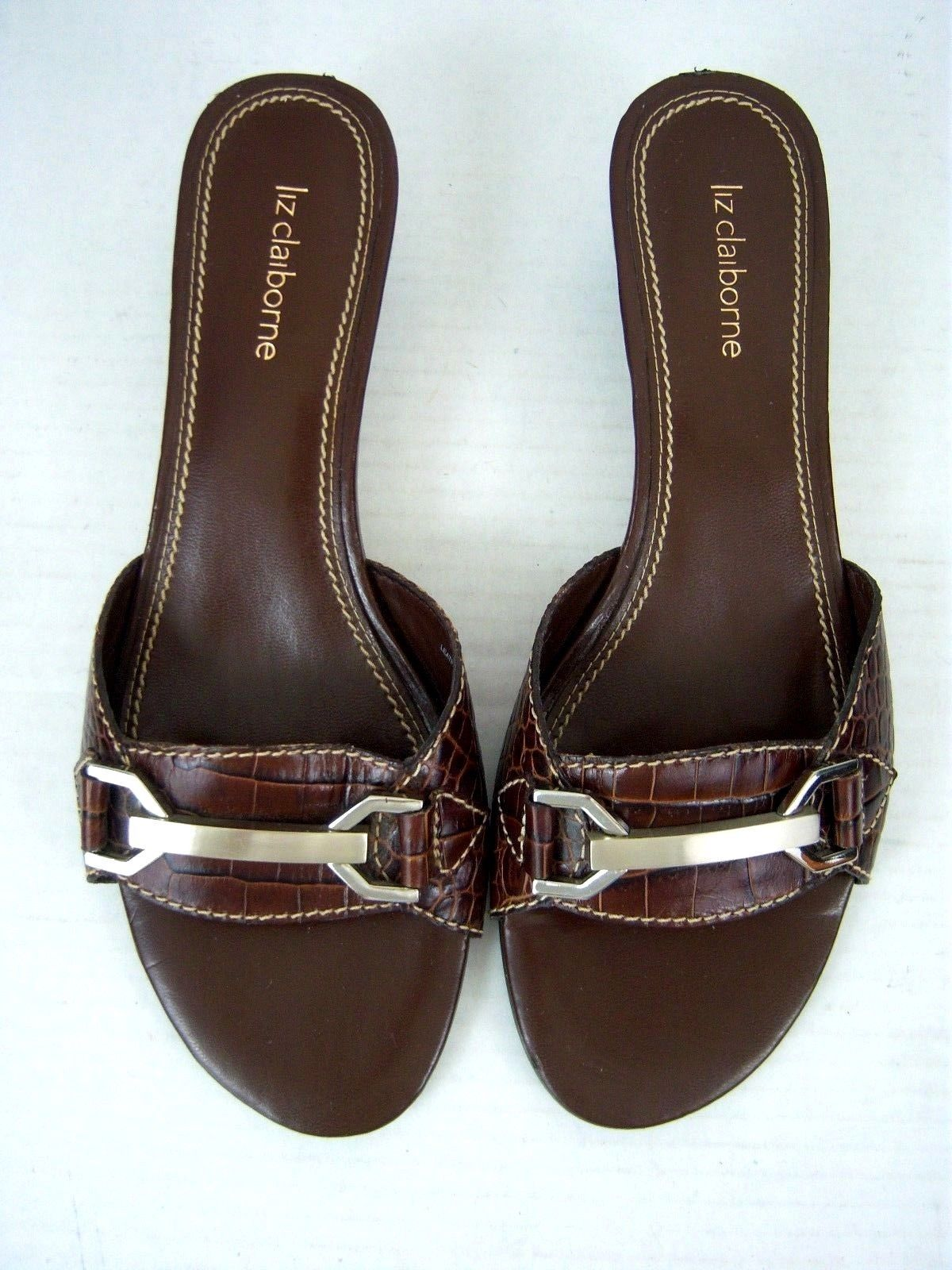 ae18332b2f12 Liz Claiborne Women s Sandals - Slides - 7-1 2M - Brown - Excellent ...